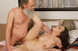 Sweet brunette comes to gulch the..